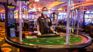 What is the strategy for playing marathonbet casino mobile